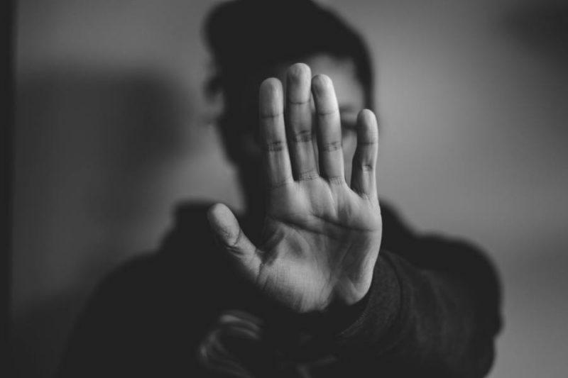 women shows her hand
